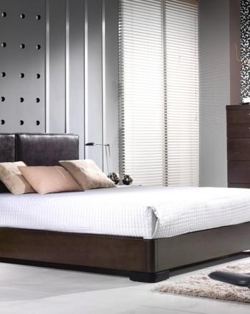 Amueblamiento dormitorio cama tapizada mesitas xinfonier