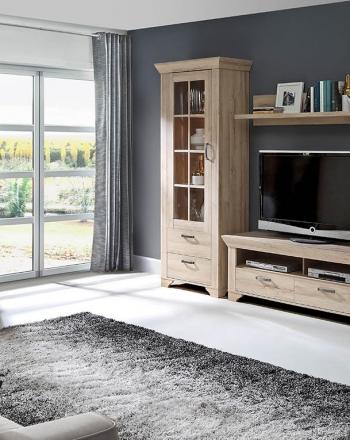 Muebles para salones elegantes y de líneas robustas.