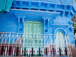 Hogar pintado del color azul característico en Jodhpur, Estado de Rajastán, India.